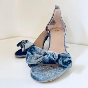 ⭐️ NWT Periwinkle Velvet H&M Kitten Heels